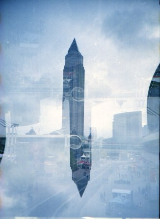 Messeturm Frankfurt, Doppelbelichtung